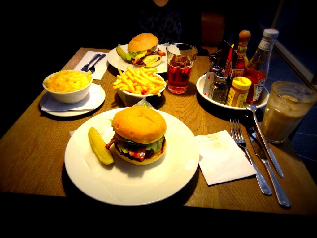 londra yeme içme rehberi Byron Burger
