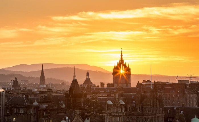 Edinburgh'da Gezmeniz Gereken Yerler
